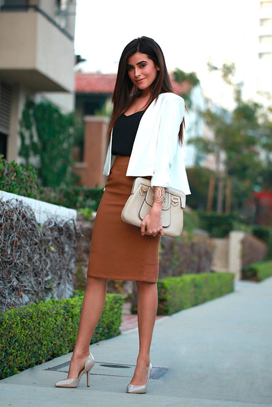 30 Chic Work Outfits to Wear this Summer: Fashion blogger 'Sazan' wearing a white cape blazer, a black cami top, a brown pencil skirt, beige heels and a beige clutch. Work outfits, summer work outfits, office wear, business casual, fashion, street style, womens fashion.