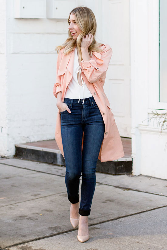 Street Style - The Top Blogger Looks Of The Week: Fashion blogger 'The Blondie Locks' wearing a light pink trench coat, a white keyhole top, skinny jeans and nude pointy toe heels