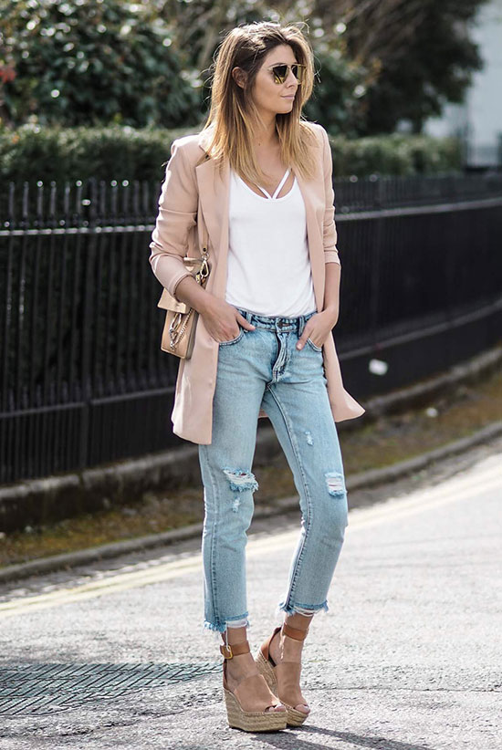 Street Style - The Top Blogger Looks Of The Week: Fashion blogger 'EJ Style' wearing a blush blazer, a white cami top, distressed crop jeans, light brown espadrille wedges, aviator sunglasses and a beige shoulder bag. Spring outfit, summer outfit, casual outfit, street chic style.