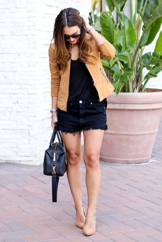 Summer Outfits - The Top Blogger Looks Of The Week: Fashion blogger 'Carrie Bradshaw Lied' wearing a brown suede jacket, a black t-shirt, black distressed denim shorts, nude heels, aviator sunglasses and a black handbag. Summer outfit, spring outfit, night out outfit, casual outfit, easy outfit, simple outfit, street chic style, street style.