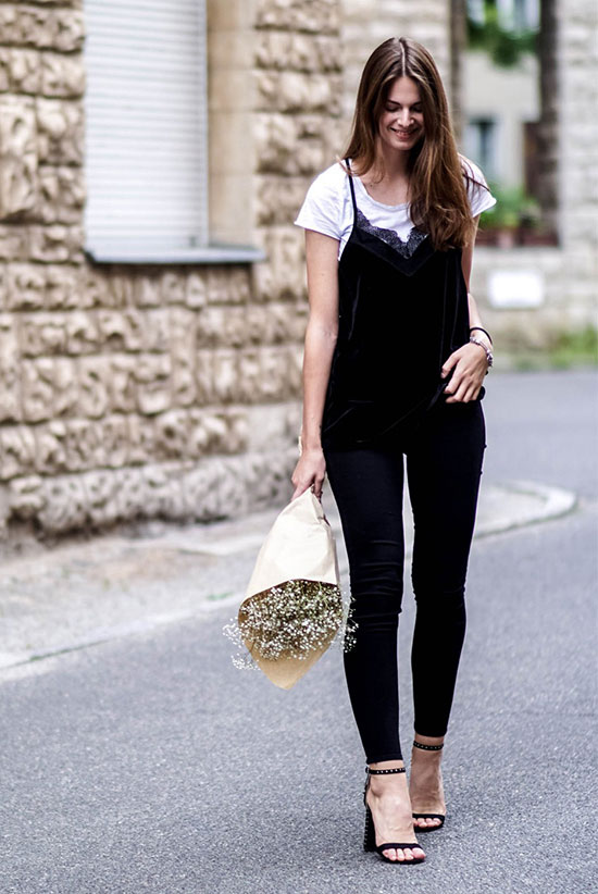 Summer Outfits - The Top Blogger Looks Of The Week: Fashion blogger 'Whaelse' wearing a white t-shirt, a black cami top, black skinny jeans and black heeled sandals. Spring outfit, summer outfit, spring trends 2016, summer trends 2016, black and white outfit, party outfit, night out outfit, street style.