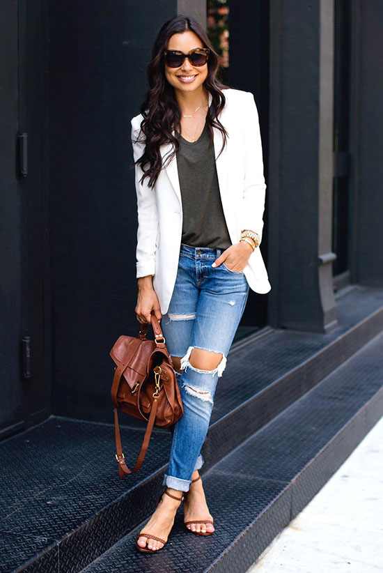 Summer Outfits - The Top Blogger Looks Of The Week: Fashion blogger 'With Love From Kat' wearing a white blazer, a khaki t-shirt, distressed skinny jeans, brown heeled sandals, brown sunglasses and a brown shoulder bag. Spring outfit, casual outfit, street style, street chic style.