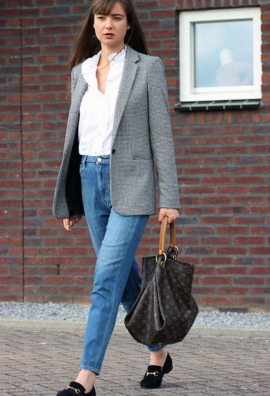 The Best Outfit Ideas Of The Week: Fashion blogger 'Mode Damour' wearing a grey houndstooth blazer, a white blouse, mom jeans, black suede loafers and a brown logo tote bag. Spring outfit, fall outfit, casual outfit, comfy outfit, work outfit, street style, minimal outfit.