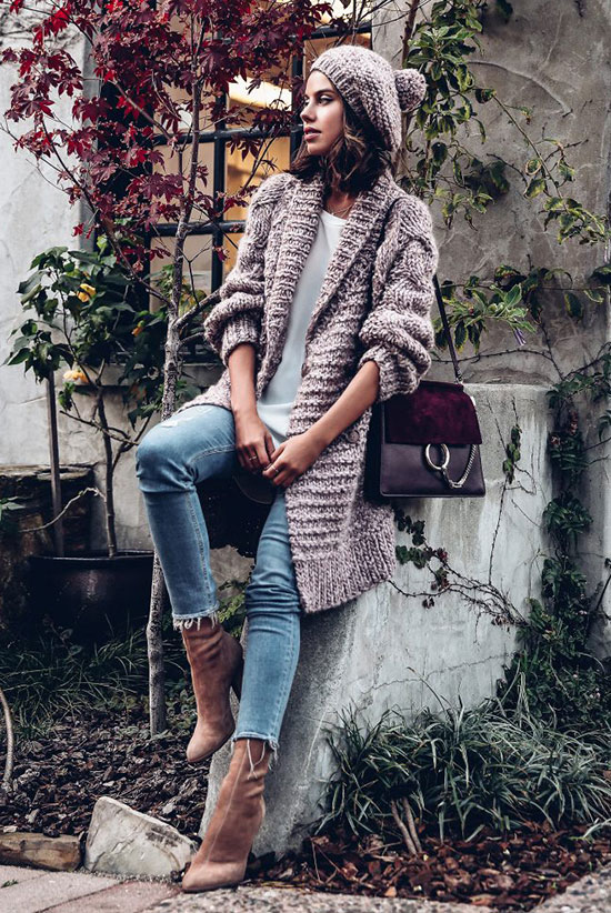 The Best Outfit Ideas Of The Week: Fashion blogger 'Viva Luxury' wearing a blush beanie, a blush chunky knit cardigan, a white t-shirt, raw hem skinny jeans, blush velvet sock booties and a burgundy shoulder bag. Fall outfit, winter outfit, casual outfit, comfy outfit, cozy outfit, monochrome outfit, fall trends 2016, velvet booties outfit.
