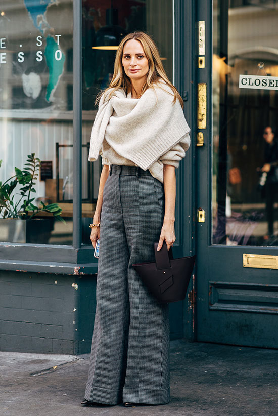 986ab7a5cbe These Sweater Weather Trends Are A Must-Try This Year  Lauren Santo Domingo  wearing Lauren Santo Domingo via Style ...