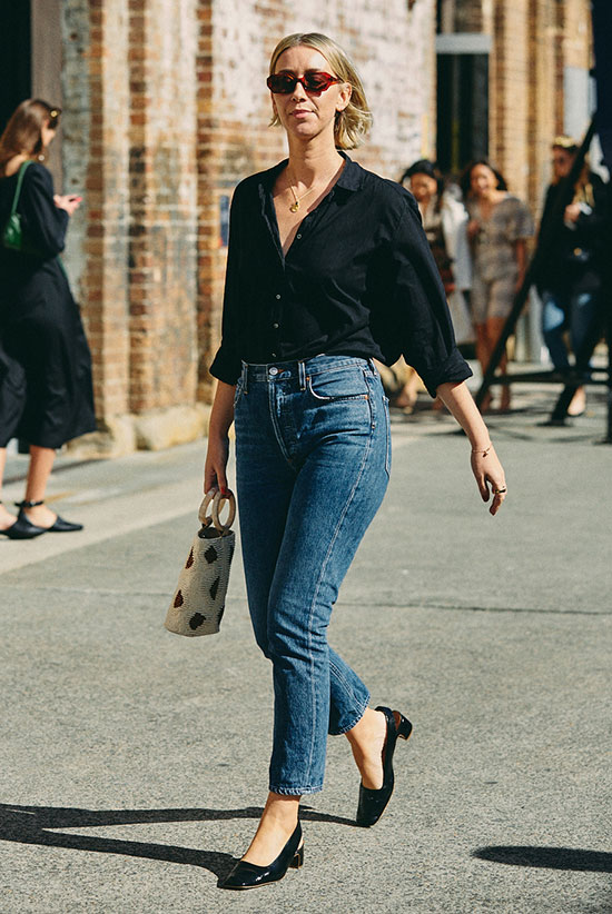 The Shirt And Jeans Outfits Worth Copying This Spring